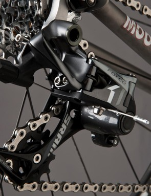 The CX1 derailleur works with both 10- and 11-speed cassettes and shifters