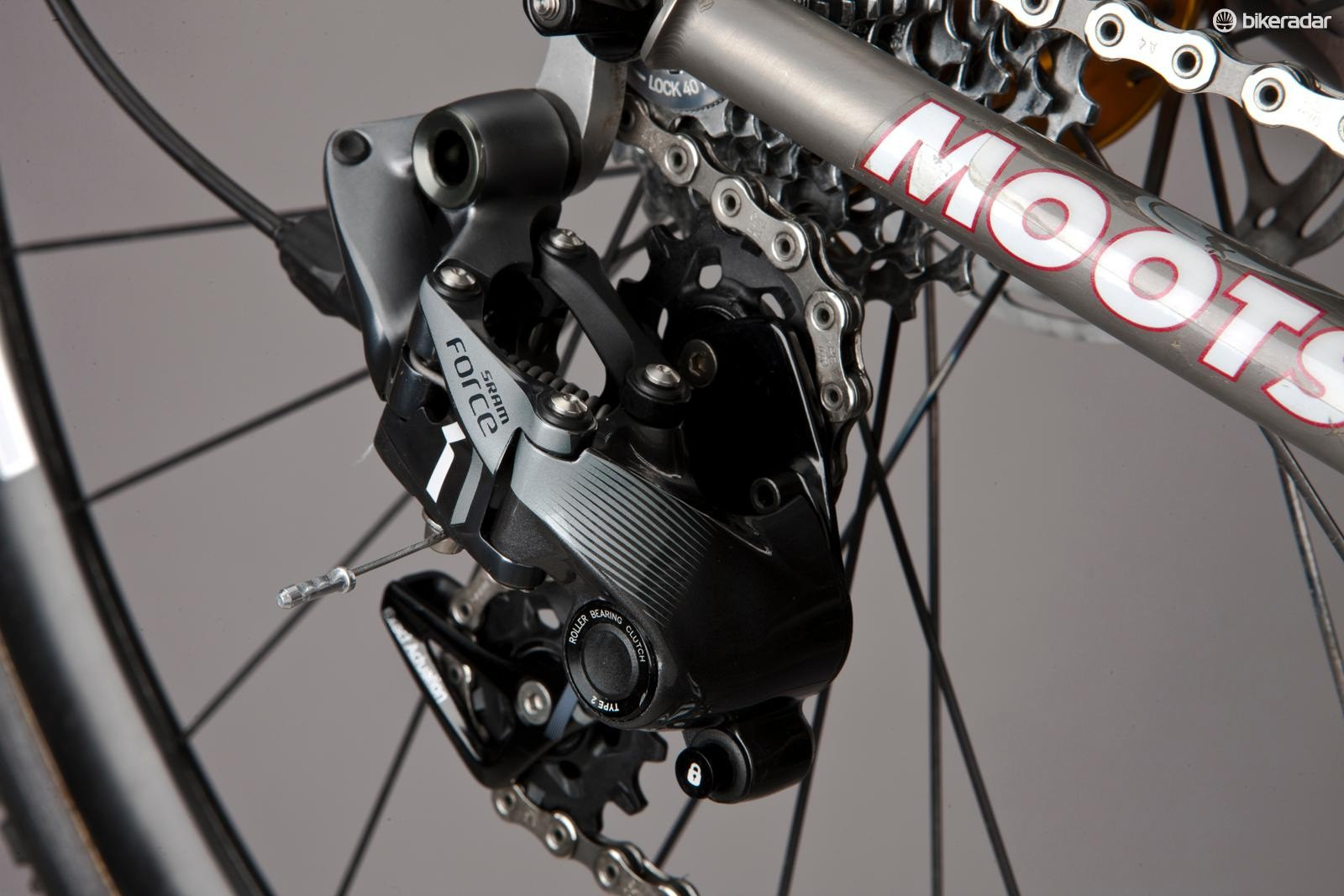 X-Sync pulleys and roller-bearing clutch make the rear derailleur the critical component of the CX1 group
