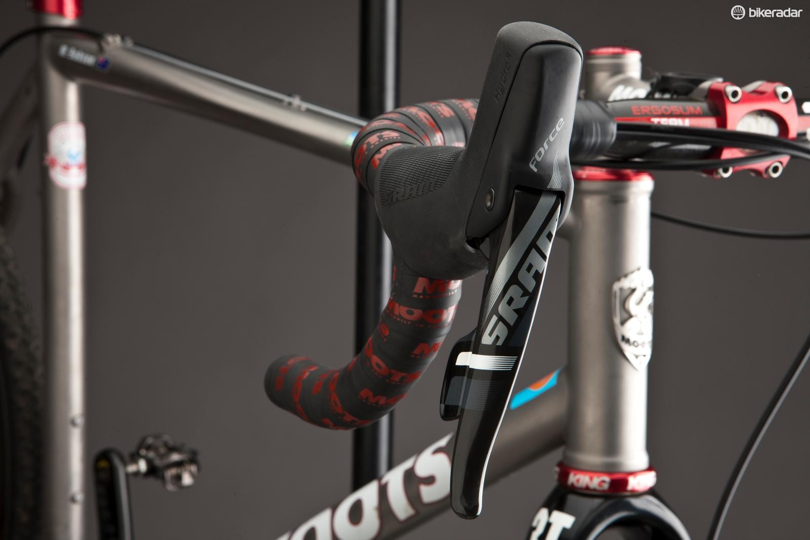 CX1 features the new and dramatically improved brake/shift lever that's a breeze to bleed and works flawlessly