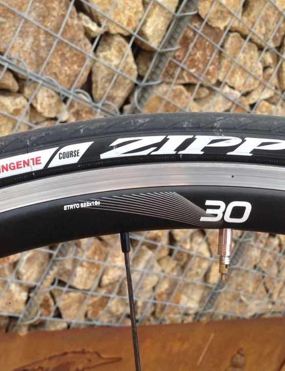 The Zipp Tangente Course is a new clincher with excellent (low) rolling resistance