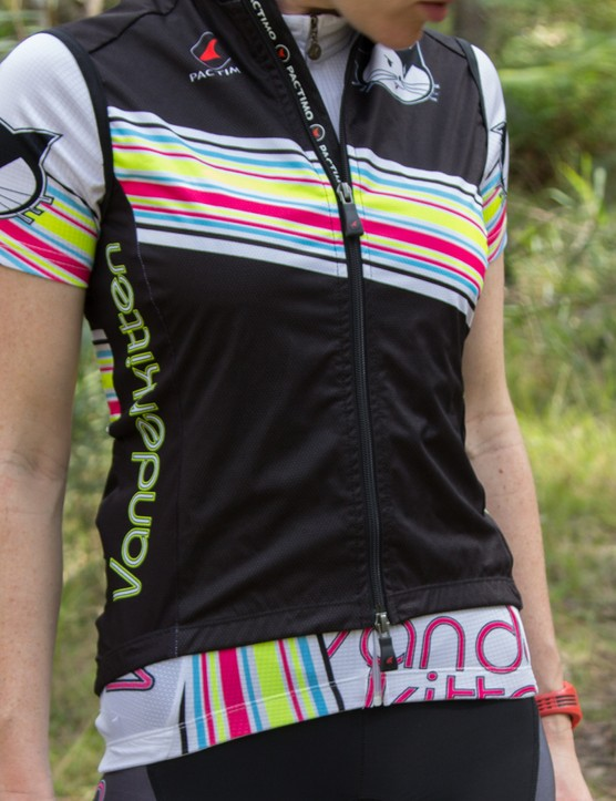 The vest sits a little shorter than the Disco short sleeve jersey we tested, so take the time to line up the waistbands for a more stylish effect
