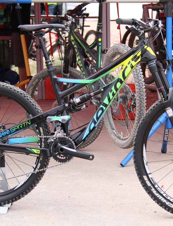 The Devinci Spartan will be offered in carbon for 2015