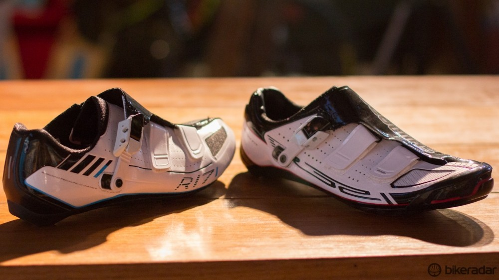 The new Shimano R321 and R171 appear very similar when placed together