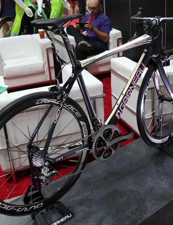 Louis Garneau has race and endurance geometry bikes. This is the Gennix R1, the top race bike, painted in the Dream Factory design of NYC club Team Six Cycle