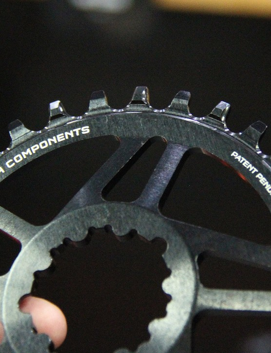 Wolftooth claims its new narrow/wide design does a much better job of clearing buildup from the teeth