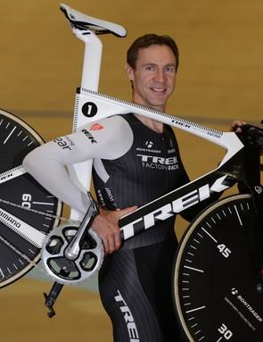 Jens Voigt (Trek Factory Racing) with his Trek bike