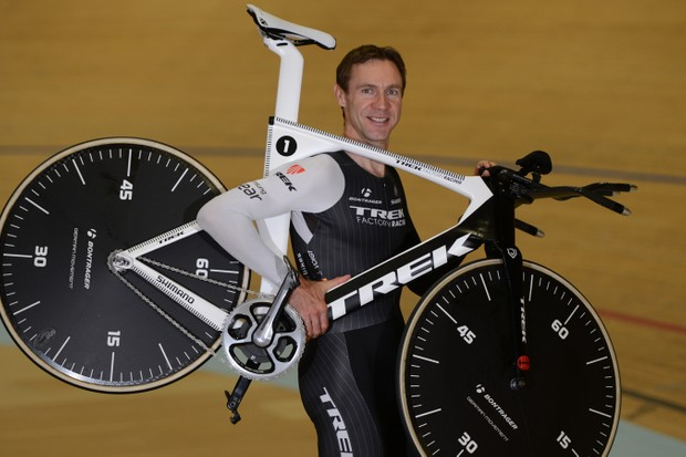 Jens Voigt (Trek Factory Racing) with his Trek bike