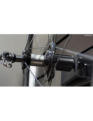 Vittoria's SwitchIT hubs feature differential spoke flange sizes and straight-pull spokes