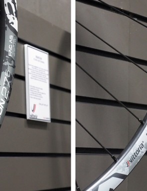 While the 23mm-wide Deamion (left) is aimed more at trail/enduro riders, the Reaxcion (right) is directed toward lighter usage with its 21mm-wide rim