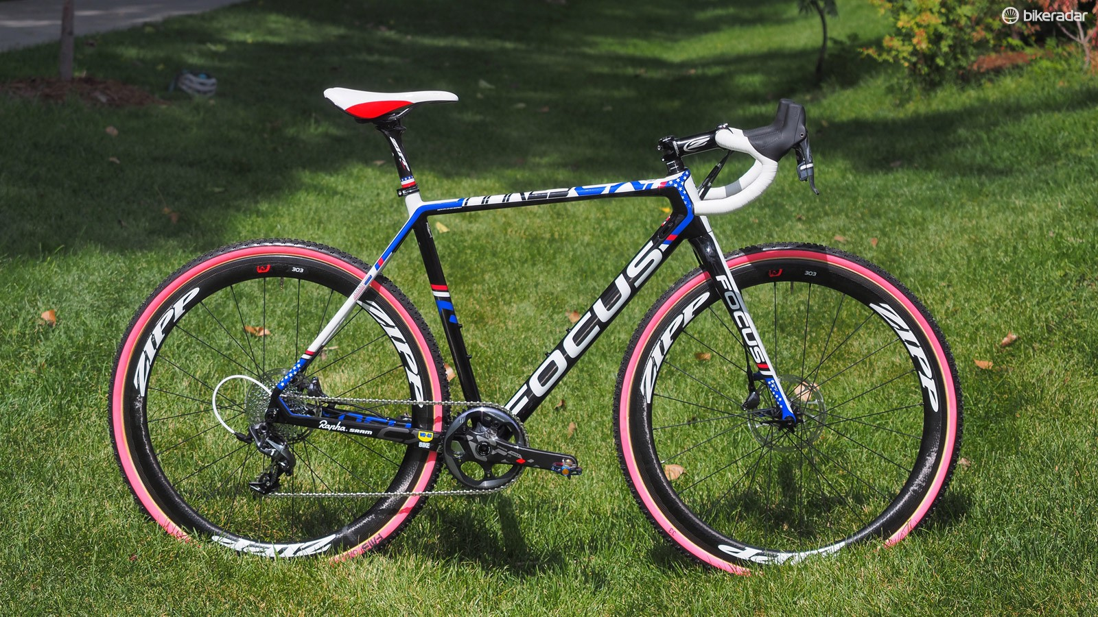 Jeremy Powers (Aspire Racing) has a fleet of red-white-and-blue Focus Mares CX carbon 'cross racers to celebrate his status as the current US national champion