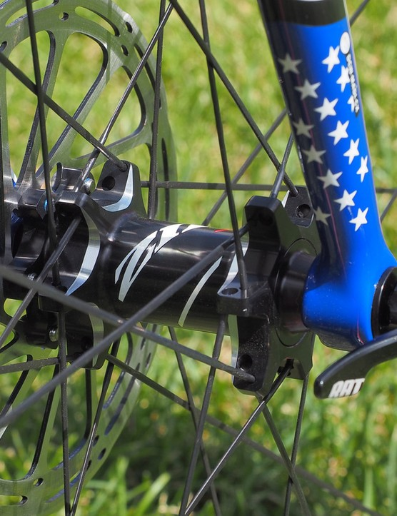Jeremy Powers (Aspire Racing) is using prototype Zipp 303 Firecrest Disc wheels built around thru-axle hubs. Neither the team nor SRAM would comment but the appearance looks very production-like