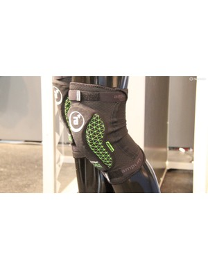 The MKII is also available as kneepads