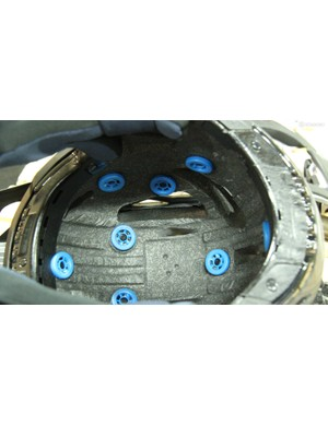 These turbines are postioned underneath the pads in Leatt's helmets