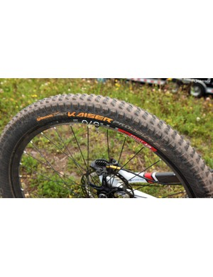 Grippy Continental Kaiser Projekt 27.5 x 2.4in tyres are fitted front and rear