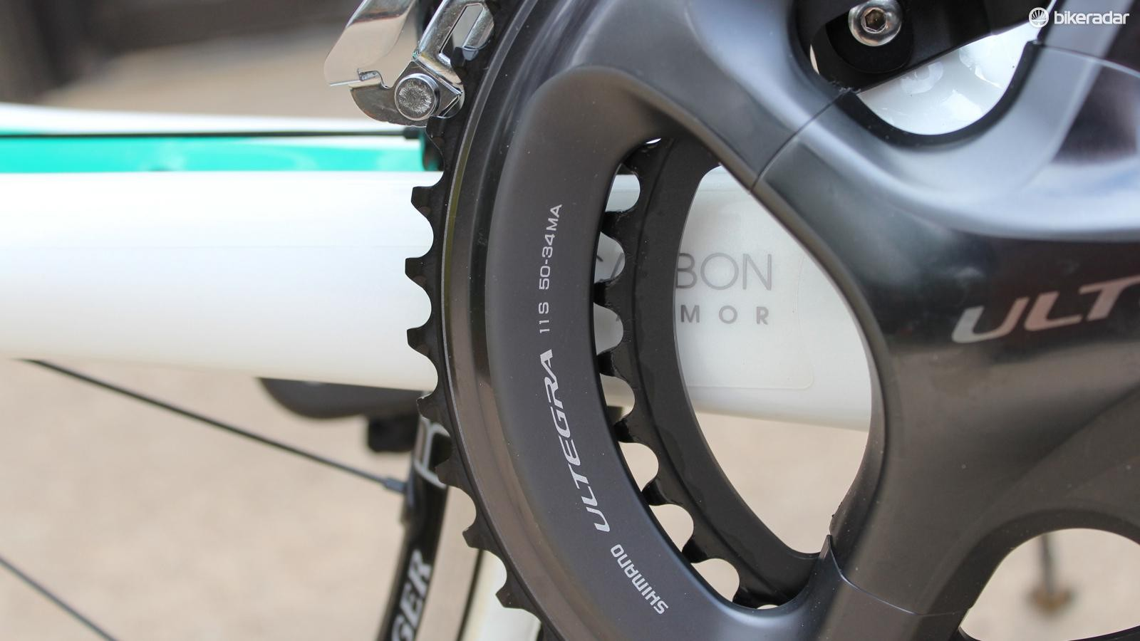 A compact 50/34-tooth Shimano Ultegra crankset comes on the top model