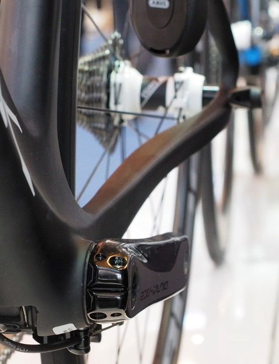 Even though the new Aerfast is billed as an aero road bike, Storck still makes full use of the 86mm wide press-fit bottom bracket shell to boost pedaling efficiency