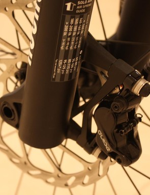 The top end Incline Delta mountain bike uses SRAM's latest four piston Guide brakes