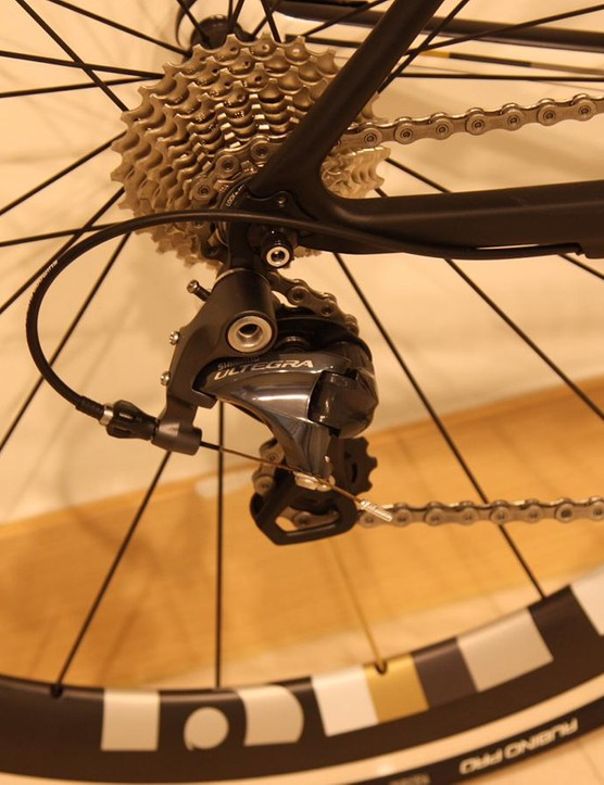The Intuition Gamma makes use of the excellent Ultegra 6800 group