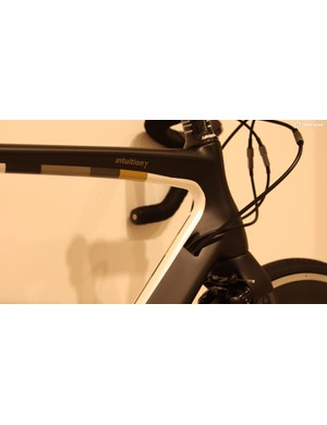 The tidy internal cable routing and subtle paintwork of the 13 Bikes Intuition Gamma