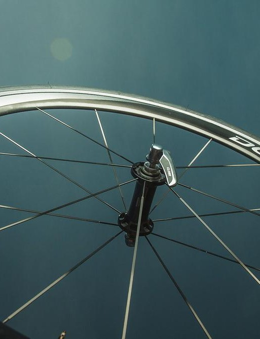 While Zipp and others have moved to carbon break tracks, Shimano has held onto alloy