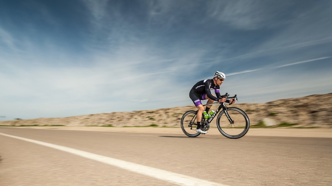 Can you feel an aero frame's benefit on the open road? Maybe, maybe not. But you can feel the agile responsiveness