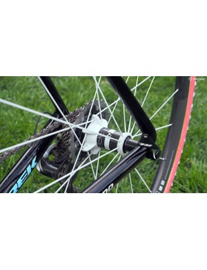 The novel rear spoke flange layout on the Bontrager Aeolus 3 D3 rear wheel. Bontrager says the so-called 'stacked' lacing on the driveside makes for wider effective spacing and better bracing angles than a more conventional setup