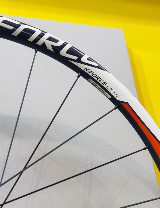 If the red and white graphics don't suit you, FSA will also offer the K-Force Light in a more subdued all-black scheme