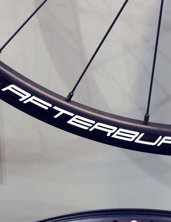 While the decal on FSA's new Afterburner wheelset says the rims are 22mm-wide (internal width), the printed specs in the catalog say 21mm. Either way, it's good to see FSA bumping up rim dimensions slightly from what was once the norm