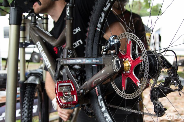 Keep disc brakes spinning free of noise