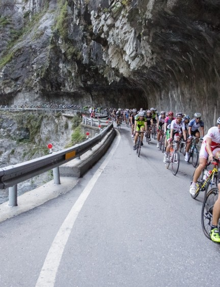 Pros and amateurs take on what is surely the biggest cycling hill climb in the world