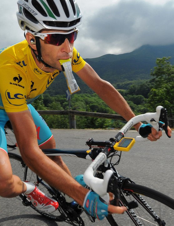Descending is an important skill, whether your focus is to improve your race performance or your general safety and confidence while riding. These tips from Chris Baldwin will help