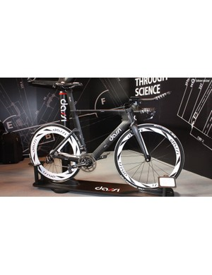 Dassi's TT bike looked striking in its black and white, blueprint style design