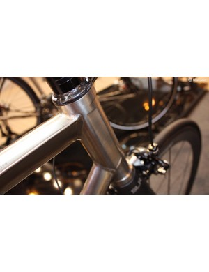 The sides of the head tube have been flattened – the whole bike looks absolutely stunning