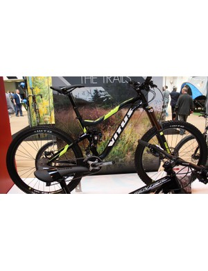 For £1,999 there's the 160mm Sommet VR that sports an all-new frame design for 2015