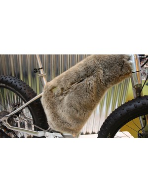 Designed for use on snow, it features XTR mechanical, a single sided fork, leather saddle and grips plus a furry coat to keep the battery warm!