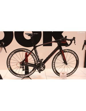 The Look 795 Aero with integrated stem and sweeping top tube. The front brake is also integrated into the centre of the fork