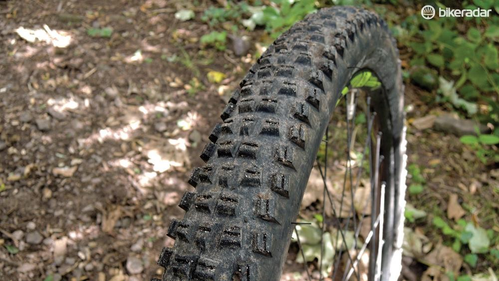 WTB Trail Boss TCS Tough - High Grip 27.5x2.25in tire
