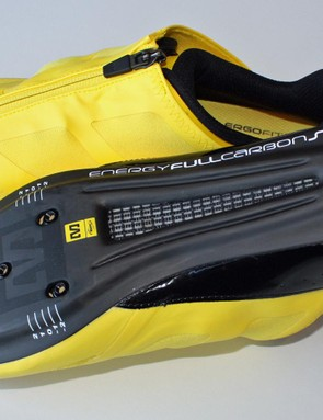 The Energy Full Carbon SLR outsole has ventilation under the toebox and midsole