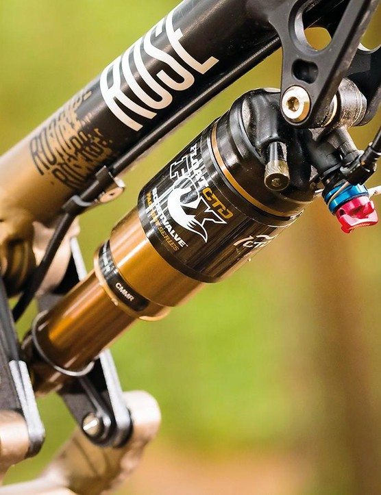 A top-notch Factory-damped, Kashima-coated Float shock gives 130mm travel