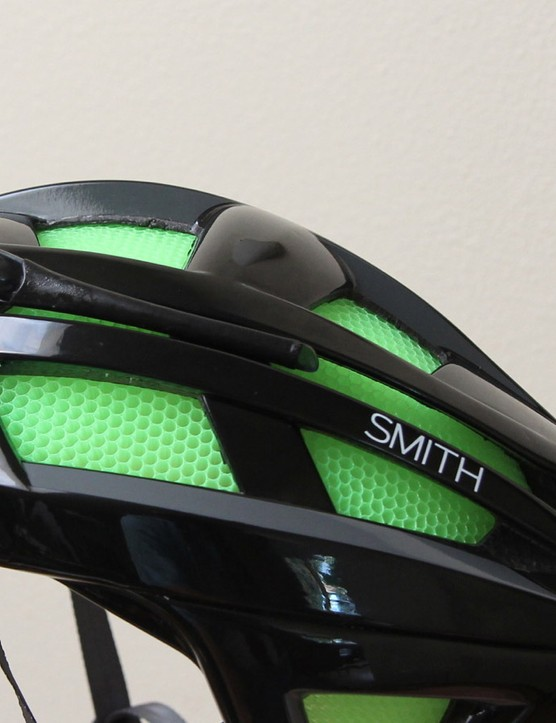 No vent holes means no holes for your sunglass arms. So Smith designed a little sunglass perch