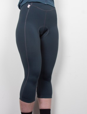 The Rapha Women's three-quarter length tights take the sting out of cooler weather