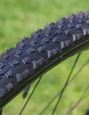 Looking for mud? The Bontrager CX3 TLR is ready for action
