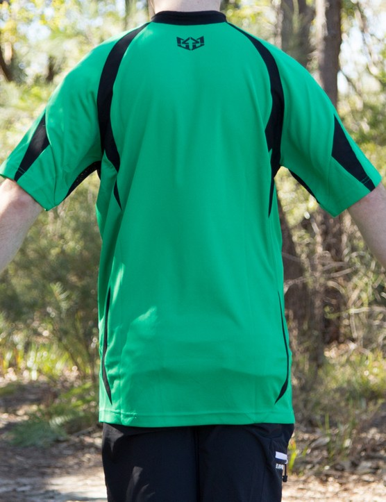 The jersey isn't overly baggy, but it has plentiful –some might find too plentiful – length