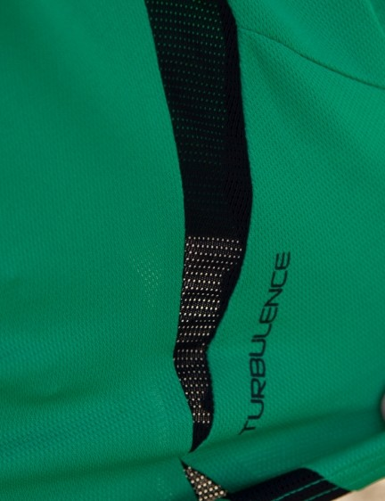 Mesh inserts feature throughout