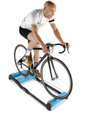 If you're looking for an alternative to the trusty turbo trainer this winter then maybe you need the challenge of riding rollers
