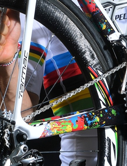 The chainstays are spattered with the world championship colours