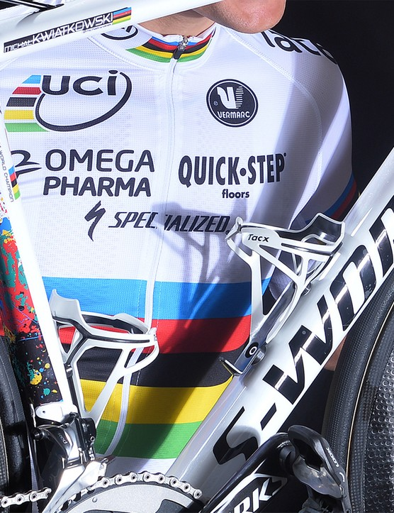 The rear of the seat tube reflects the WC colours - and will also make road grime less obvious