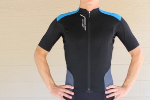 The Accu3D jersey has longer sleeves that conform well to the riding position