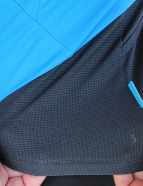 Quick-drying fabric and mesh combine for summertime performance