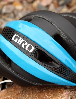 Giro says the 'Aero Mesh' side panels allow air to pass through the helmet without overly impacting on how air flows over the shell. In addition to bringing in air, the larger holes are perfectly placed for stowing eyewear
